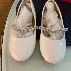 Size 3 White Patten Leather special occasion shoe